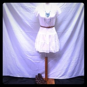 NWOT Halo white dress with braided belt XS